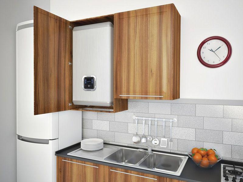 встроенная кухня с газовой колонкой фото